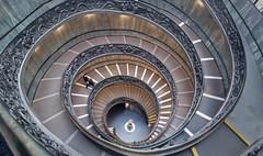 Vatican Stairs (Don César) Tags: vaticancityeurope europa stairs escaleras vaticano bramantestaircase giuseppemomo spiral espiral circle vaticanmuseum