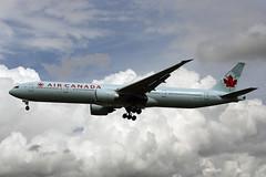 C-FNNW (FabioZ2) Tags: londra atterraggio aircanada boeing 777333er cn43250