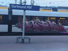 EKER (mkorsakov) Tags: dortmund hbf bahnhof mainstation train zug graffiti bunt colored rb50 derlünener eker