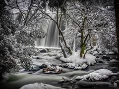 El rio (JoseQ.) Tags: cascada agua rio sedas nieve frio arboles paisaje lozoya madrid olympus filtrond