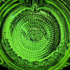 Light in a Bottle (socialwebforscher) Tags: boden canon100mmf28l canoneos5dmarkiv flasche inabottle macromondays makro muster vermouth wermut bottom pattern