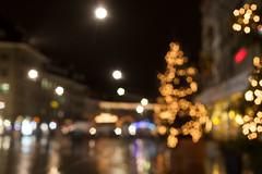 Bern by night (o_schopfer) Tags: noël bokeh météo nightshot nuit paysageurbain photodenuit pluie rain urbanexploration