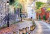 Ruelle de Montmartre éclairée par les rayons du Soleil (laurentcornu) Tags: oldcity sunlights sunrise streetphoto landscape cityscape nikon romantique paris montmartre