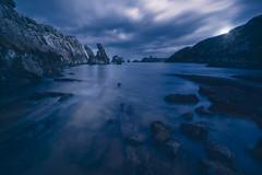 Secret Lovers (Fernando Guerra Velasco) Tags: mar cantábrico luna largaexposición cantabria