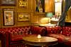 favourite sofa in my favourite pub (kalakeli) Tags: pub pubshots thejames sofa longexposure langzeitbelichtung thejamesmünster 30secs