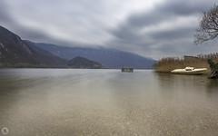 Lac d'Aiguebelette [FR] (ta92310) Tags: travel savoie 73 france europe lake lac cloudly canon 6d autumn 2016 landscape paysage auvergnerhônealpes longexposure chambery aiguebelette