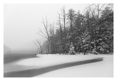 A Winter's Dream (bprice0715) Tags: canon canoneos5dmarkiii canon5dmarkiii landscape landscapephotography nature naturephotography beautiful beauty beautyinnature blackandwhite blackwhite bw monochrome mono snow river hudsonriver snowylandscape minimalism minimalist