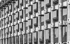 DSC_1515 (deborahb0cch1) Tags: monochrome blackandwhite noiretbanc facade architecture window windows lines building london
