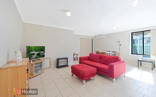 4/6 Dallas Pl, Toongabbie NSW 2146