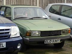 1979 Peugeot 305 (Neil's classics) Tags: vehicle 1979 peugeot 305 1472cc