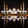 Reflection Sheikh Zayed mosque (keltia17) Tags: sheikhzayedgrandmosque abudhabi uae emirats emirates mosque mosquée reflet reflection reflejo islam muslim night canoneos80d