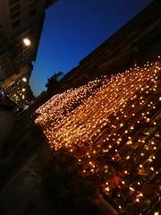 🎼🎵 it's christmas time ️🎹️🎹🎸 (VauGio) Tags: torino turin street strada luci lights huawei leica p10 bandaid feedtheworld lacittàmetropolitanaditorinovistadavoi
