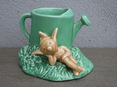 Vintage 1940s 50's No 2277 Sylvac Pottery Pixie & Green Watering Can (beetle2001cybergreen) Tags: vintage 1940s 50s no 2277 sylvac pottery pixie green watering can