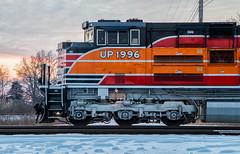 Daylight at Sunset (Wheelnrail) Tags: up union pacific 1996 southern heritage unit daylight locomtive railroad rail road rails emd sd70ace locomotive columbus ohio sandusky district coal 851 sp espee sunset 2017 december 31