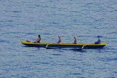 South Sea Canoe in Kona Bay (chumlee10) Tags: cruise2017 southpacific canoe hawaii emeraldprincess kona
