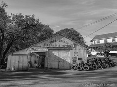 Gas Station-Pope Valley-1004 (Pat Bianculli) Tags: popevalley california napa servicestation carrepair corrugated trees tires patbianculli apple iphone6s pbin2351