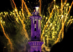 WARNEMÜNDE (Gila98) Tags: leuchtturm 2018 neujahr new year warnemünde pyroshow feuerwerk lichter ostsee strand promenade strandpromenade frohesneuesjahr leuchtturminflammen