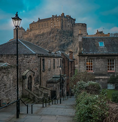Edinburgh Castle (CroganButter) Tags: edinburgh scotland castle light lamp post sony edit exposure photo amature street lane history architecture