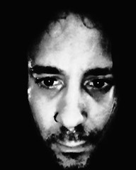 Self-portrait (Josu Sein) Tags: selfportrait autorretrato softfocus desenfocado monochrome monocromo highcontrast altocontraste cinematic cinemático surrealism surrealismo expressionism expresionismo queer josusein