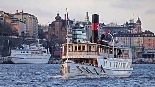 The ships Birger Jarl and Östanå 1 in Stockholm