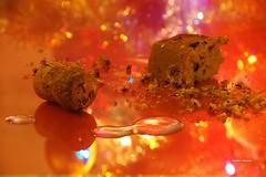 Quel che resta delle feste (stefano.chiarato) Tags: feste luci lights bokeh tappo panettone pentaxart pentax pentaxlife pentaxk70 resti