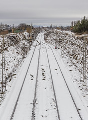 Railes en la Nieve (misterkoma) Tags: canon 6d 70200 f4 is l estabilizador alfaro la rioja españa nieve blanco invierno frio rail railes tren estacion winter coming white snow train spain frost city ciudad
