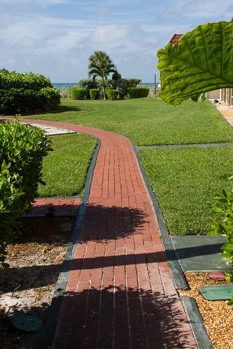 WWI - Walkway to Pool 1