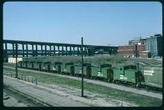 BN caboose convoy on the ex-Frisco 19th Street Yard lead, Kansas City, Missouri 22 April 1989 (redfusee) Tags: bn