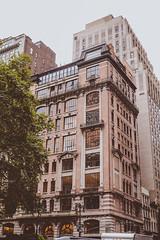 DSC_7010 (MaryTwilight) Tags: newyork humansofnewyork peopleofnewyork nyc bigapple thebigapple usa exploreusa explorenewyork fallinnewyork streetsofnewyork streetphotography urbanphotography everydayphotography lifestylephotography travel travelphotography architecture newyorkbuildings newyorkarchitecture