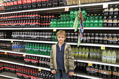grocerycok (babyfella2007) Tags: taylor jason grant carson keith mary lou memaw zoo christmas 2017 bronze ape grandmother grocery store kroger isle cereal coca cola ornament columbia sc south carolina winsboro fairfield county grandson lowes shopping jeremy father son lights michelle family