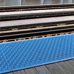 """Chicago, North Side, Brown (Ravenswood) Line, Montrose """"El"""" Station, Line Abstract (Mary Warren 10.1+ Million Views) Tags: chicago urban rapidtransit transportation station platform abstract tracks lines diagonals blue"""