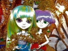 December (JoséDay) Tags: thangkoudolls thangkou secretlifeofdolls dolls funwithdolls christmasdecorations cute sexy ladies girls fun coldoutside babyitscoldoutside nikoncoolpixp500 coolpixp500 onthetable smileonsaturday xmasdeco
