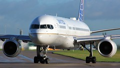 N14102 (AnDyMHoLdEn) Tags: unitedairlines 757 staralliance egcc airport manchester manchesterairport 23l