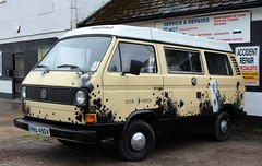 HHU 490V (Nivek.Old.Gold) Tags: 1980 volkswagen transporter westfalia club joker camper 1584cc t3