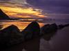 Cola de dragón | Dragoi-buztan | Dragon tail (arstxopo) Tags: elexalde euskadi españa es costa cantabrico atardecer nubes rocas orilla mar olas