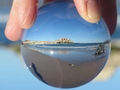 Calvi - Noël 2017 (Valerie Hukalo) Tags: beach plage citadelle bouleenverre glassball crystalball calvi balagne corse corsica france valériehukalo hukalo méditerranée mediterraneansea
