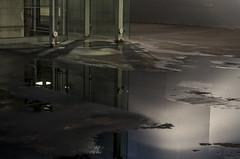 REFLET (enpartantdebretagne) Tags: reflet brest mediateque