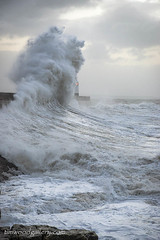 PORTHCAWL LIGHTHOUSE...03.01.18. (IMAGES OF WALES.... (TIMWOOD)) Tags: porthcawl storm eleanor lighthouse seascape wales south sea coast tide sunrise surge bridgend