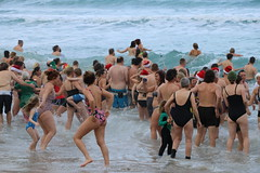 Sennen Cove Swim (Raphooey) Tags: gb uk south west souithwest cornwall cornish peninsula sennen cove lands end christmas swim dip bathe bathing charity beach sea seaside seashore shore shoreline sand wave waves girl girls pretty attractive december 25 25th 2017 canon eos 80d