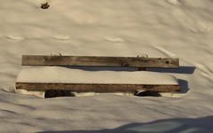 le banc enneigé (bulbocode909) Tags: valais suisse bancs neige nature montagnes