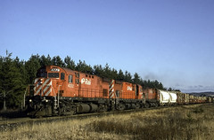 Running Early (ac1756) Tags: cp cpr cprail canadianpacific mlw alco c424 4222 rootriver ontario canada train911