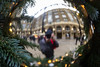 Self portrait (pepsamu) Tags: hays galleria haysgalleria london londres christmas xmas navidad tree christmastree christmasball ball bola 60d canon canonistas 2017 portrait selfportrait ornament decoración reflection reflejo