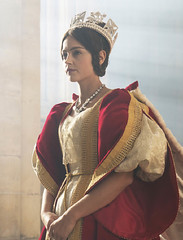 Victoria, saision 1 - Reine Victoria (ALEXANDRE SFR) Tags: sfrplayvodillimitée sfrplay sérietv télévisionàlademande victoria télévision
