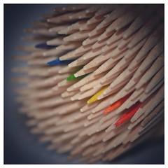 7DWF - Mondays Free Theme (frankvanroon) Tags: 7dwf mondaysfreetheme rainbow sticks colors macro