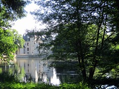 Parc du Château de Nieul (87) (Sur mon chemin, j'ai rencontré...) Tags: châteaux châteaudenieul nieul hautevienne limousin nouvelleaquitaine france nature parcpaysager