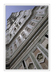 Up to the sky (orichier) Tags: itay italie italia santa maria del fiore tuscany toscane toscana florence firenze architecture détail color art tour tower