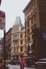 DSC_7226 (MaryTwilight) Tags: newyork humansofnewyork peopleofnewyork nyc bigapple thebigapple usa exploreusa explorenewyork fallinnewyork streetsofnewyork streetphotography urbanphotography everydayphotography lifestylephotography travel travelphotography architecture newyorkbuildings newyorkarchitecture