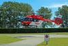 Christoph Berlin bei der Landung (Foto Stefanie Buder) (DRF Luftrettung) Tags: christophberlin stationberlin drfluftrettung luftrettung hubschrauber h145