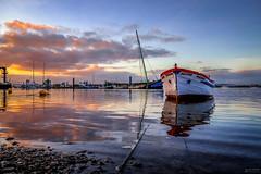 Divine - Divino (Yako36) Tags: portugal seixal pôrdosol sunset boat embarcação landscape paisagem fujifilmxt10 xf1855mmf284rlmois