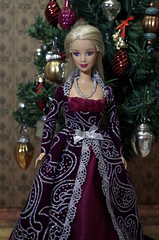 (roquentinne) Tags: barbie mackieface barbiefashionistas doll dolloutfit diorama story christmas christmastree